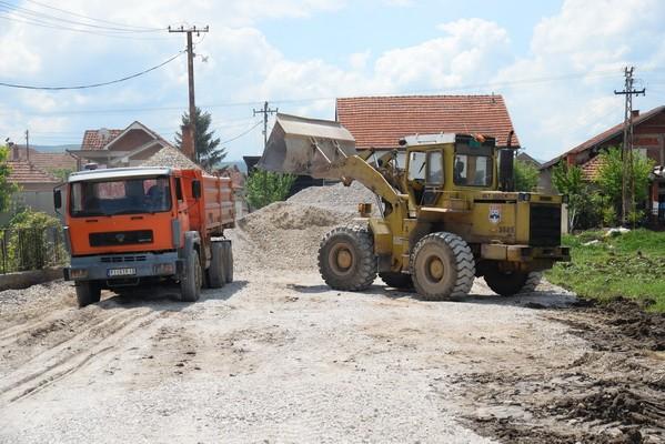 radovi-bager-kamioni-599x400
